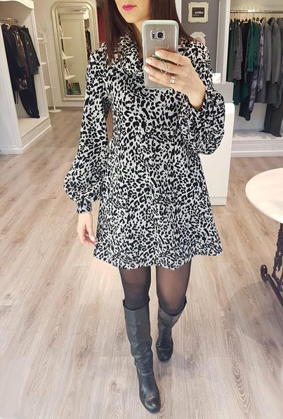 835ab5709573 Επωνυμα online vradina καθημερινα κοκτειλ φορεματα και φουστανια 2018 - 2019  μακρια