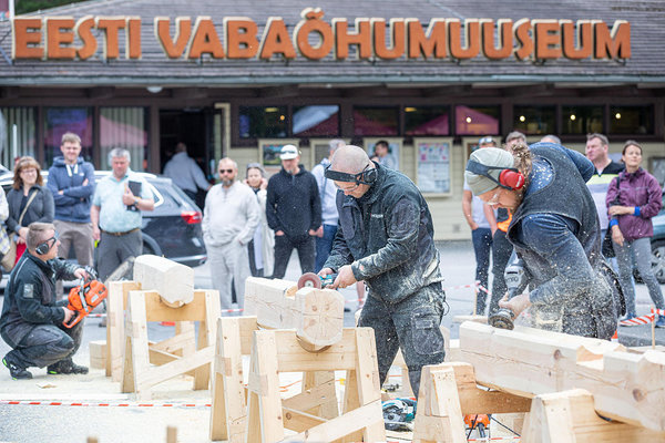 9th vocational competition of handcrafted log house builders and Day of Wooden Houses 2019. Photo: Taavi Sepp