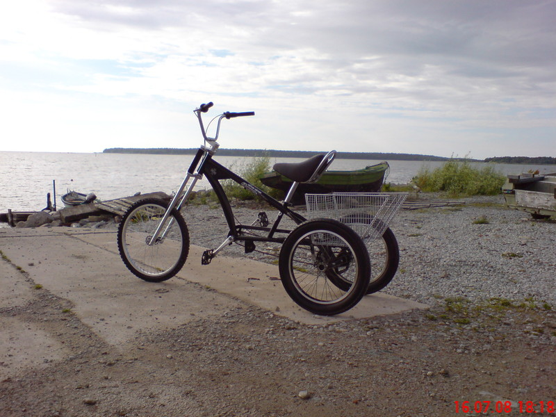 This is not the same choppertrike, this one is riding on Aegna island, close to Tallinn.
