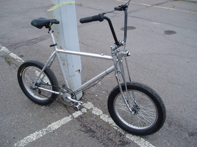 "Speedcruiser with Sram P5 IGH, 20"" X  3"" chopper tires..."