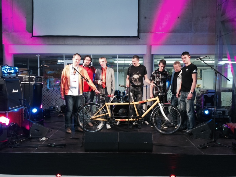Rixbikes donated a tandem bicycle to Tartu Ahaa Keskus at Mini Maker Faire  26.09.2014.