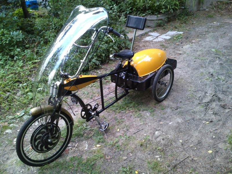"Kaspar Jancis has named his trike ""Mumm""."