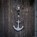 ANCHOR. Brown with black leather K1 fastening.