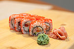 #41 GEISHA / STEAMED SALMON, CRABMEAT, CREAM CHEESE, CUCUMBER, BELL PEPPER, MASAGO / 8.30€