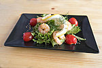 #025 SHRIMPS SALAD / LETTUCE, CUCUMBER, CHERRY TOMAT, LEMON, SHRIMPS, SESAME, DRESSING / 5.20€