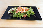 #020 WARM SALMON SALAD / LETTUCE, CUCUMBER, CHERRY TOMAT, LEMON, BAKED SALMON, SESAME, DRESSING / 5.50€