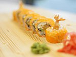 #5 EBI MAKI / CREAM CHEESE, TEMPURA TIGER SHRIMPS, CUCUMBER, MASAGO  / 7.90€