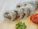 #13 SENDAI / EEL, CREAM CHEESE, SALMON, SESAME SEEDS / 8.50€