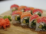 #26 TENZU / TUNA, SALMON, CREAM CHEESE, CUCUMBER, AVOCADO, WAKAME, SESAME SEEDS / 9.70€