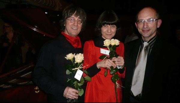Piano maker Paul Mcnulty, pianist Viviana Sofronitsky and Lauri Väinmaa at the presentation of the fortepianos by Mcnulty