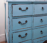 VINTAGE DISTRESSED PAINT FINISH ON CHEST OF DRAWERS