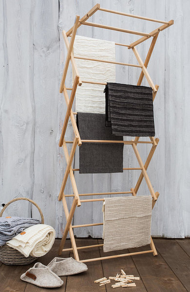 Pesuliisu wooden clothes airer