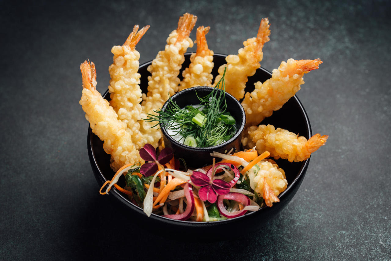 Asian style king prawn tempura