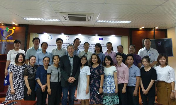 2018 Nov Grant writing course in Hue - Stefan Seiberling