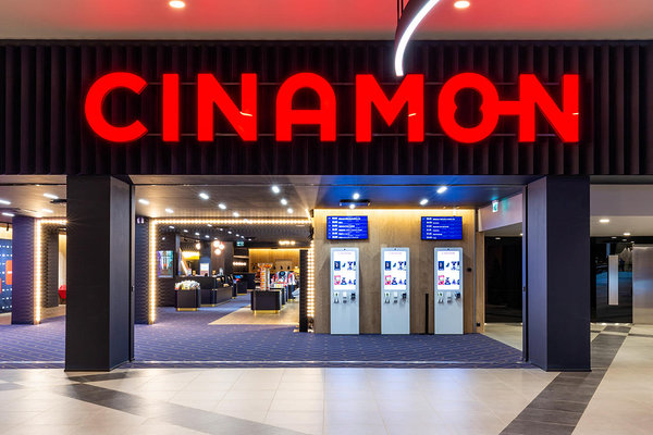 Cinamon, T1 Mall of Tallinn. Interjöör: KAMP arhitektid