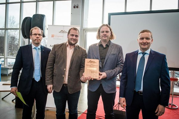 Photo: Overall winner and Best Timber Frame House- Puitpaneel OÜ, Alo Ivask (EAS Chairman of the board) and Jarek Kurnitski (Chairman of the jury). Author: Jelena Rudi