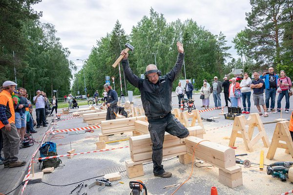 Competition of handcrafted log houses 2019 in Tallinn. Photo: Taavi Sepp