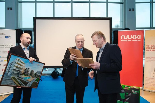 Kodumaja Product Development Director Elar Vilt receiving the overall award. Photo: Jelena Rudi