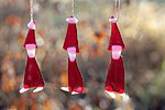 Hanging ornaments elf, red