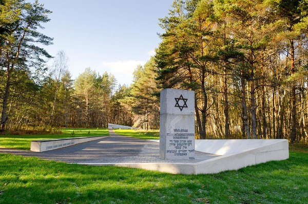Klooga MEMORIAL AND HOLOCAUST