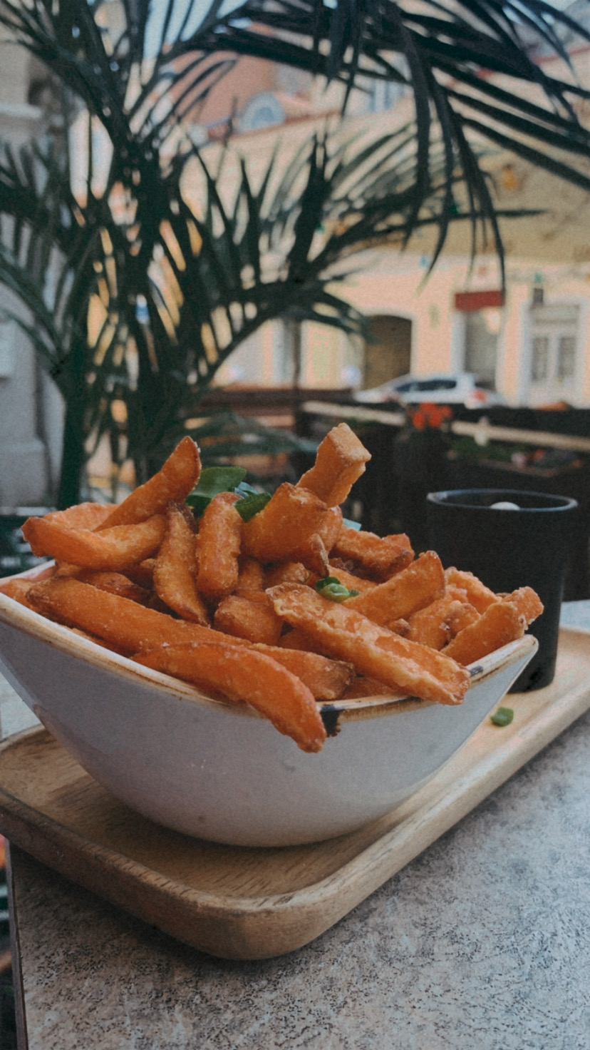 Krõbedad bataadi friikartulid