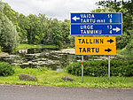 Tartu to the right, Tartu highway to the left