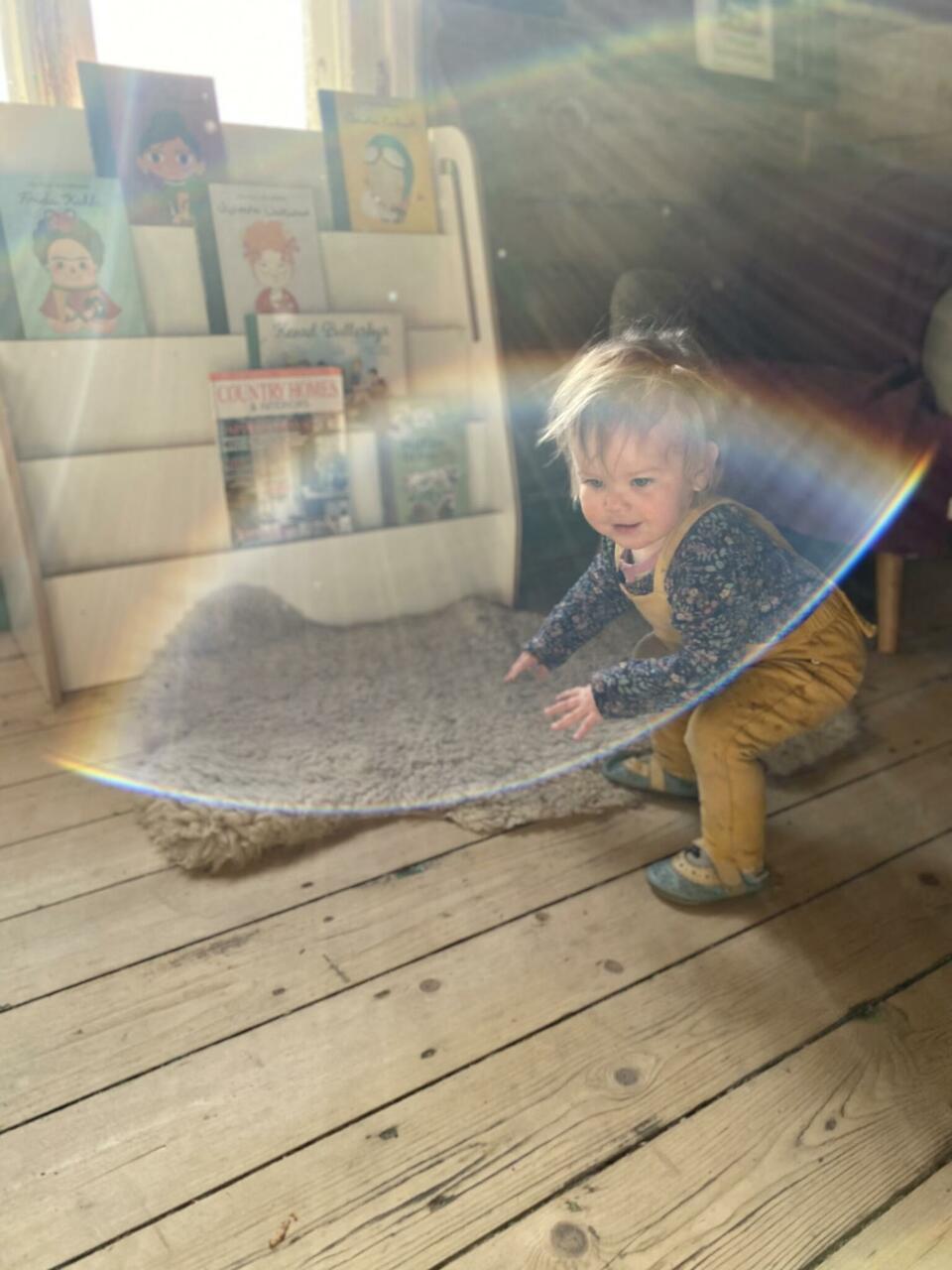 SleepyFox Kidsi traksikad esimesest lapsest, INDIkidsi riiul ja ägedad Tobiase Ja Ida raamatud, Liliputi papud esimesest lapsest...ja hommikupäike.