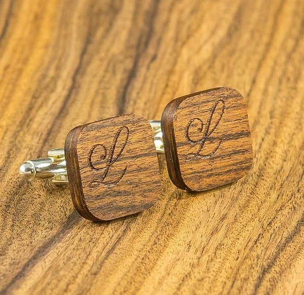 Engraved cufflinks sample