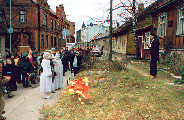 The Grand Opening of the Kondas Center in 2003, in front of the house where Paul Kondas lived