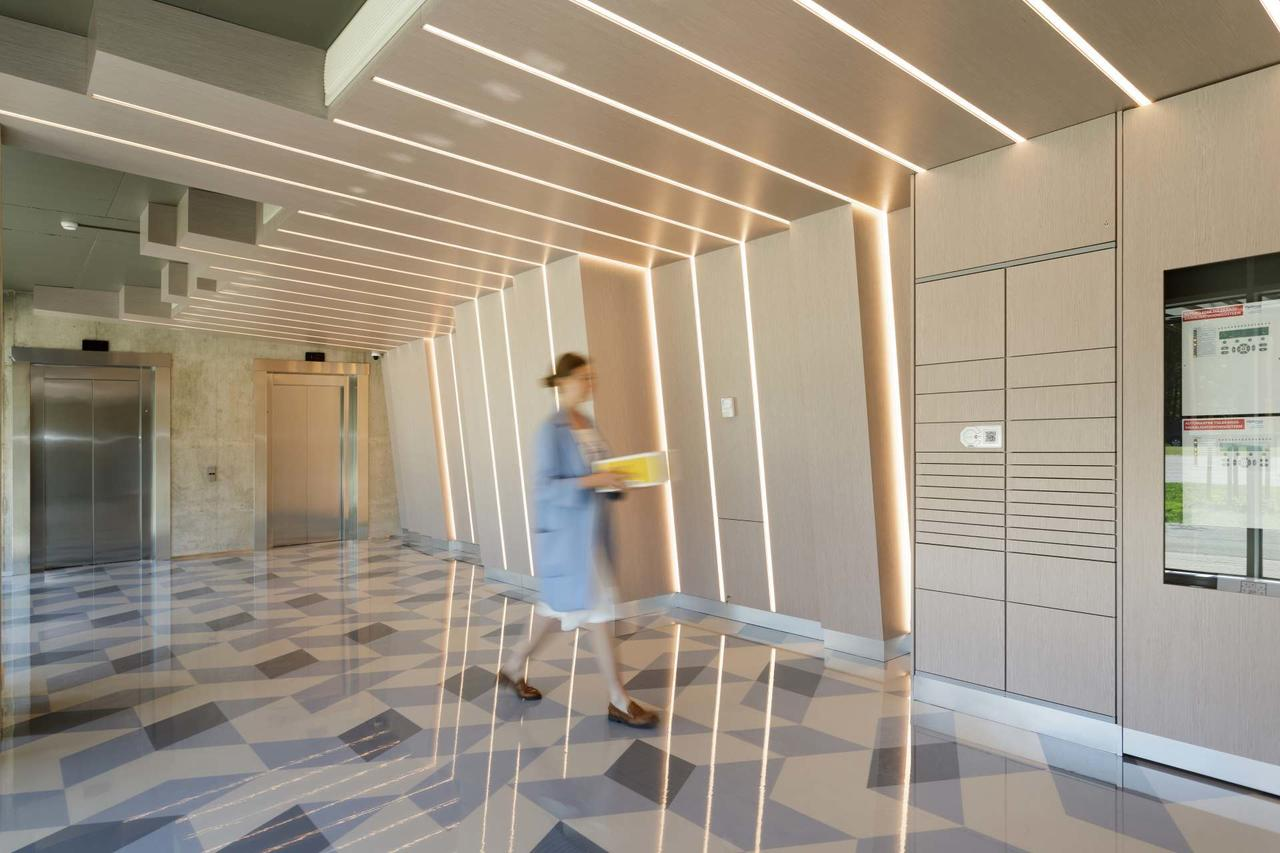 Cloud-based smart mailbox in LAEV apartment building in ...