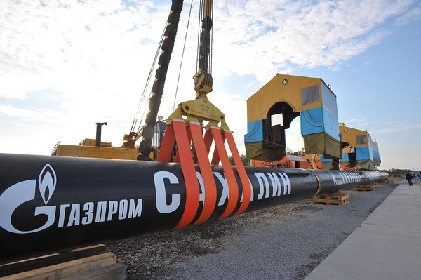 Sakhalin–Khabarovsk–Vladivostok pipeline deploying process.